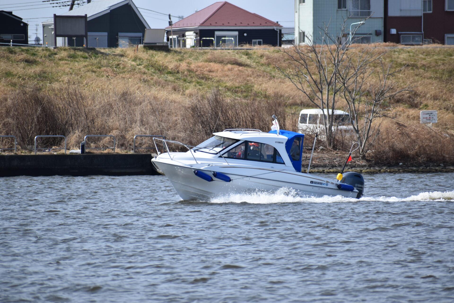 ボート実技講習中